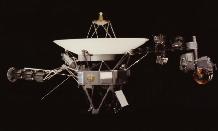 Nasa to send the best tweet it finds to Voyager space probe