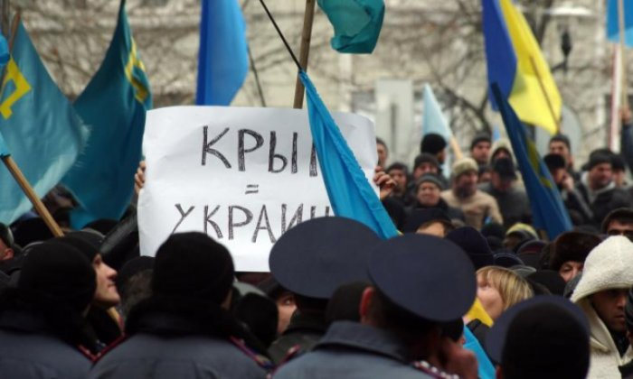 Russian authorities jail 76-year-old with Parkinson's for holding placard