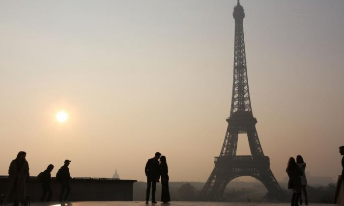 French Citizen Arrested After Storming Security at the Eiffel Tower