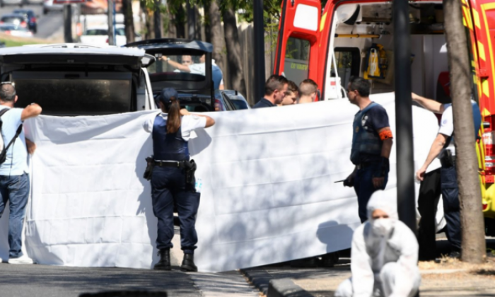 Car crashes into bus shelters in Marseille