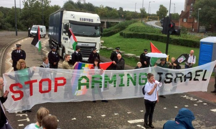 Protestors also use large banners (Credit: London Palestine Action)