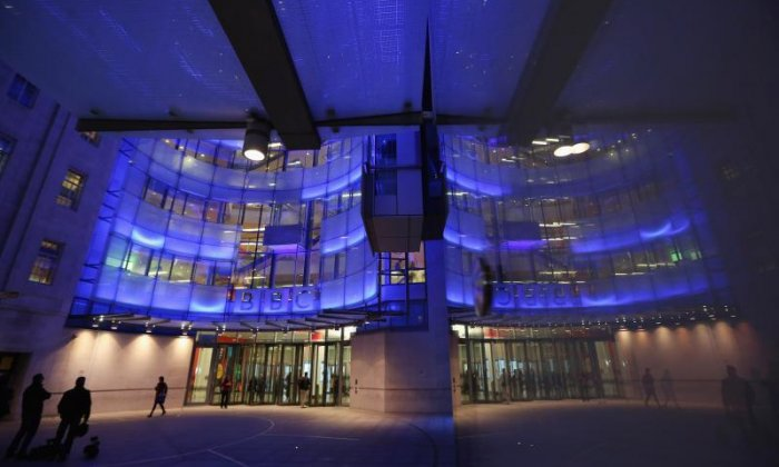 BBC to review salaries across corporation amid gender pay row
