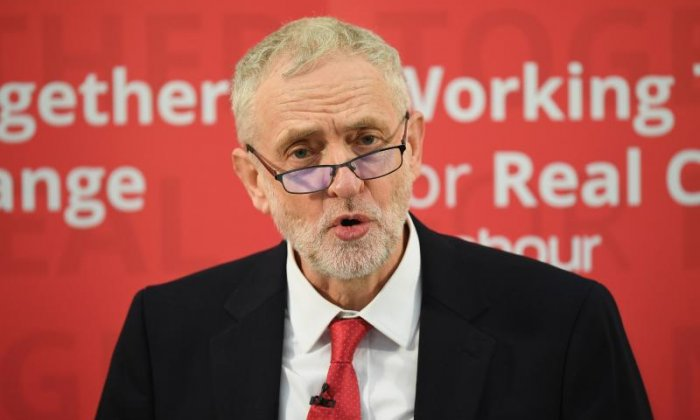 Jeremy Corbyn holds stronger leadership rating than Theresa May, poll finds