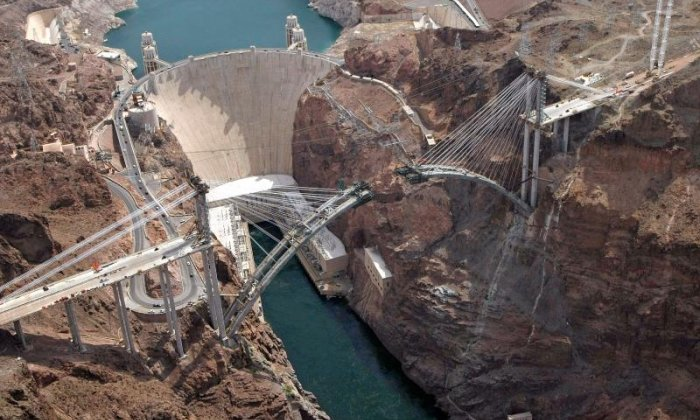 First man to swim across the Hoover Dam receives fine from US authorities