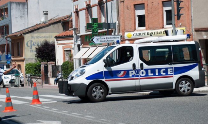'Allahu Akhbar' attacker injures 2 with hammer in Lyon - reports