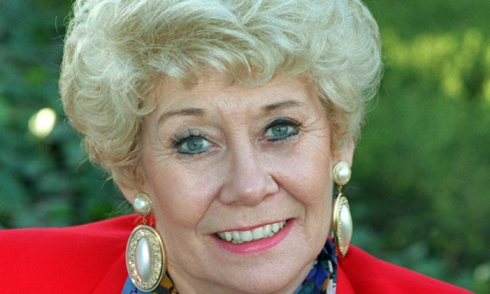 'One of the best' - Twitter pays tribute to Coronation Street actress Liz Dawn