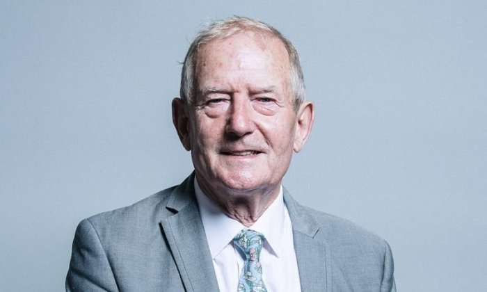 MP Barry Sheerman says those in agreement with Julia Hartley-Brewer on Brexit are 'dreary'