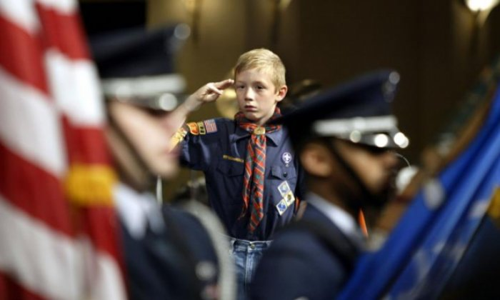 Cub Scout kicked out of den after asking Colorado lawmaker about gun control