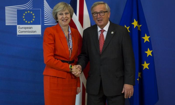 Brexit: Theresa May and Jean-Claude Juncker agree to 'accelerate' talks