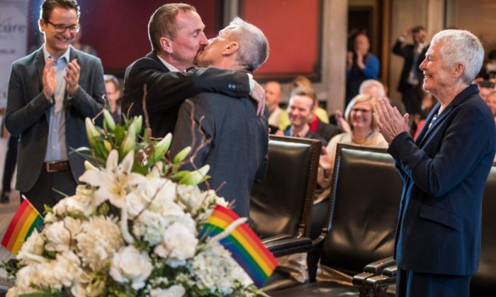 First ever same-sex wedding takes place in Germany
