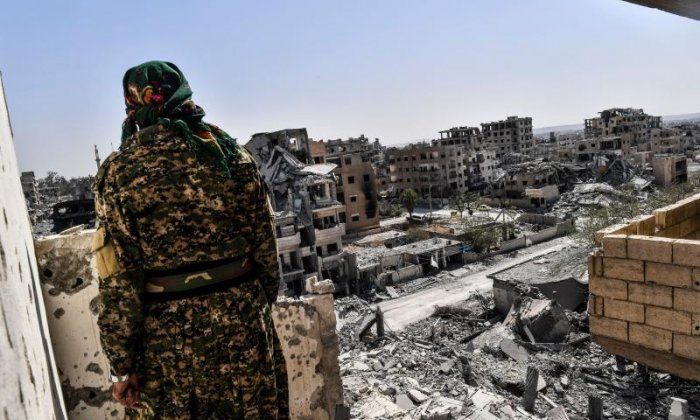Syrian Democratic Forces claim army is fighting the last Isis fighters in Raqqa