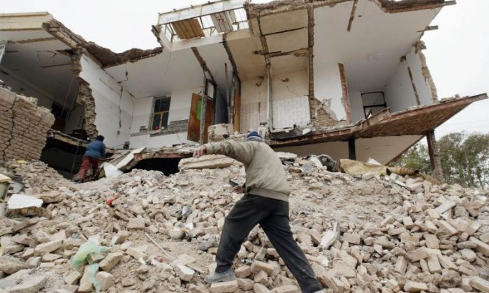 Hundreds dead after powerful earthquake strikes Iran-Iraq border region