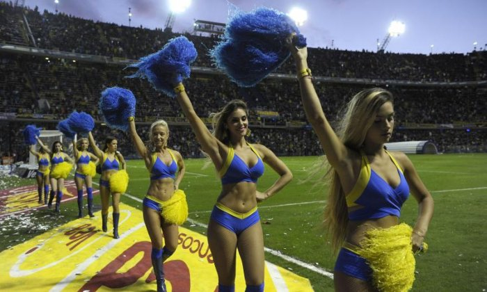 Feminists criticise Argentinian football team for sacking cheerleaders