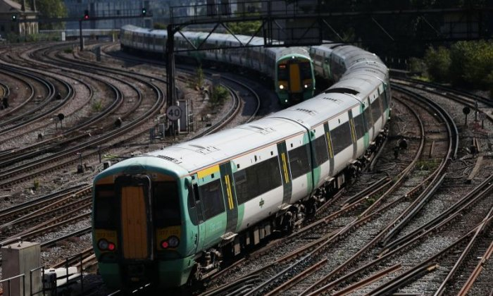 Southern Rail: Aslef members vote to accept deal to end long-running dispute
