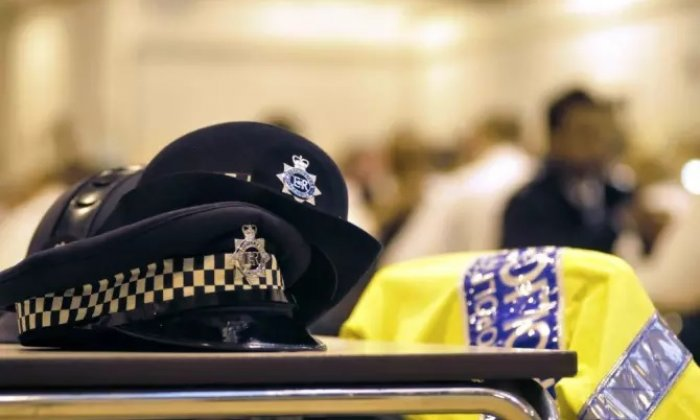 The victim was in a nearby restaurant at the time of the offence