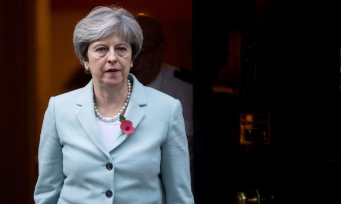 'Porky pie telling Theresa May' - People slam Prime Minister over Damian Green sacking