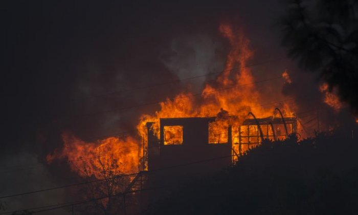 The fire burns a house down