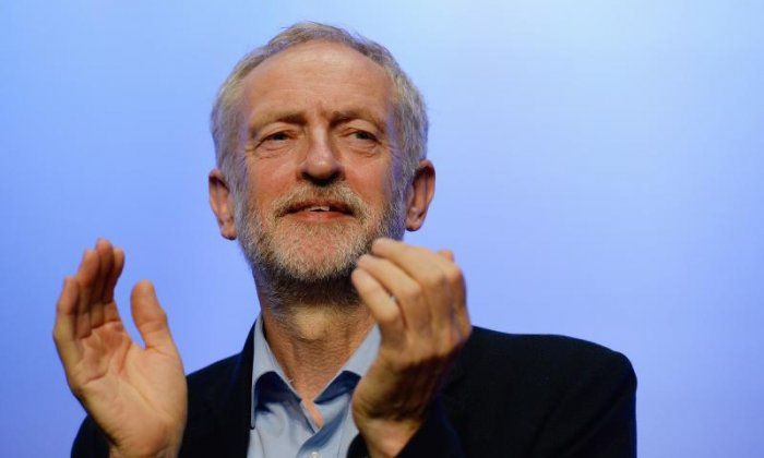 'Humanity before elitism' - Jeremy Corbyn praised for calling on Carillion bonuses to be returned