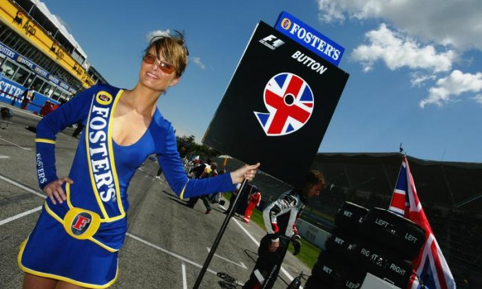 Formula One announces it will no longer use 'grid girls'