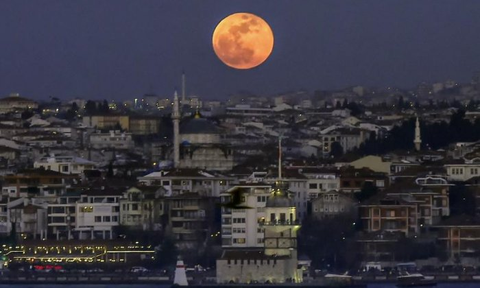 The moon as seen from Turkey