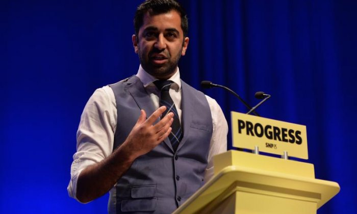 Humza Yousaf calls for Labour councillor Jim Dempster to resign over Islamophobic comment