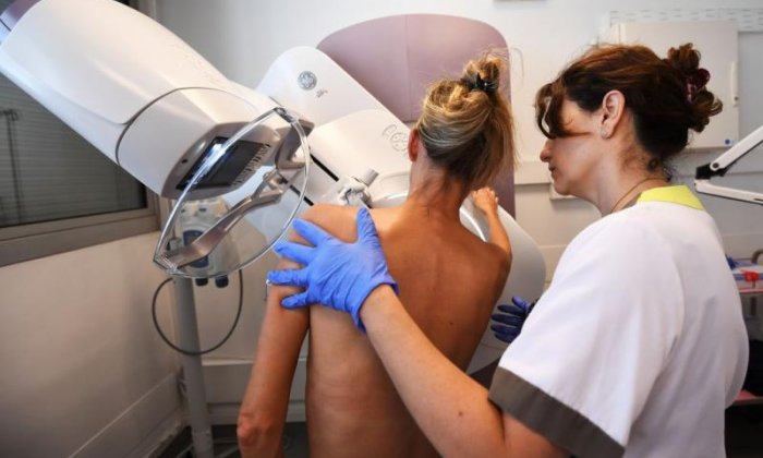 Thousands of women not invited for breast cancer screening due to IT error