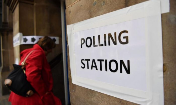 Local elections: Conservatives hold seats, Labour anti-Semitism concerns, Ukip 'crumbles'