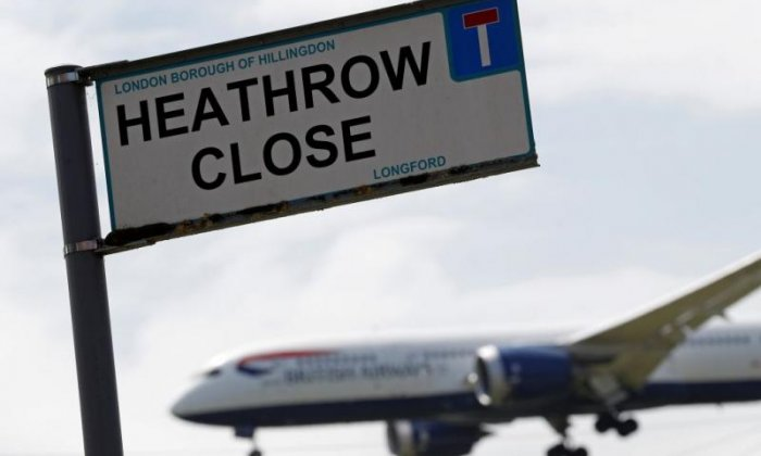 Boris Johnson urged to resign over third Heathrow runway as MPs prepare to vote