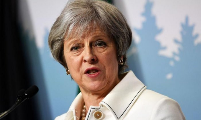 Brexit bill returns to Commons as Theresa May warns Tory rebels not to undermine her