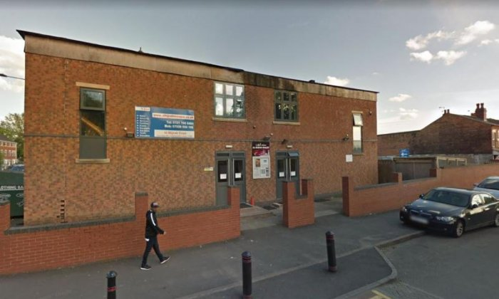 Mosques attacked with catapults in Birmingham
