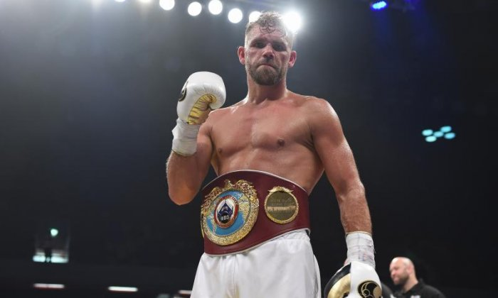 World Boxing Champion says sorry after offering woman drugs if she punched a passer-by