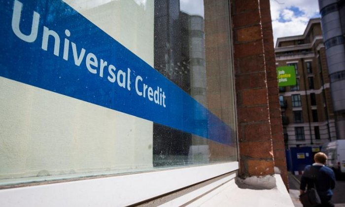 Improve Universal Credit in Budget by reversing George Osborne's cuts, says thinktank