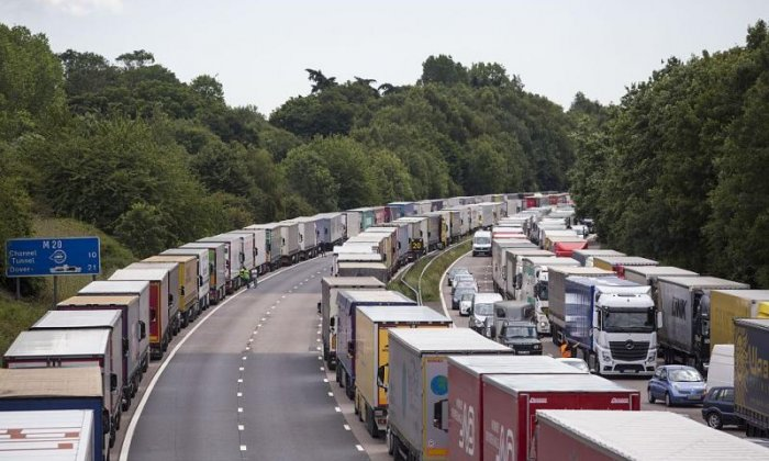 Tory MP warns against Kent becoming 'parking lot of England'