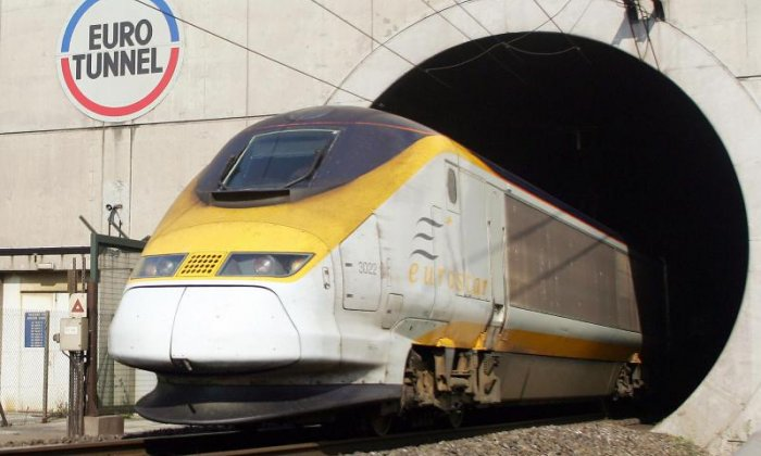 "Eurotunnel challenges Transport Secretary Chris Grayling over ""anti-competitive"" behaviour with Brexit ferry contracts"