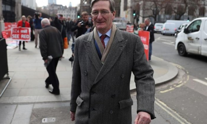 Dominic Grieve loses confidence vote held by local association