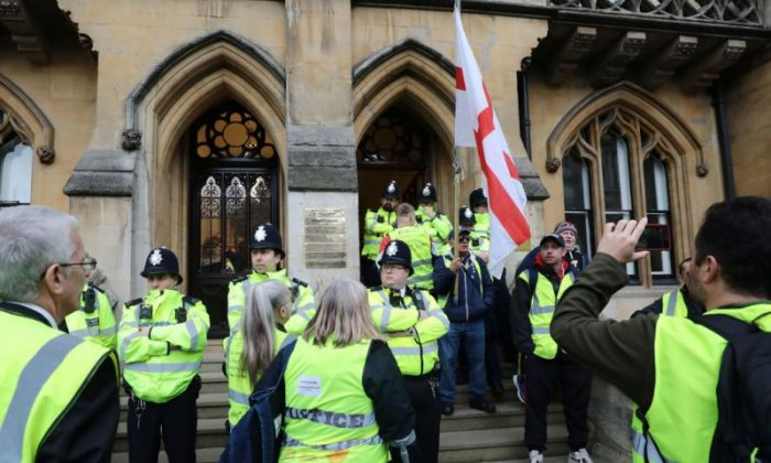 Chief coroner issues warning after 'yellow vest' protest at court