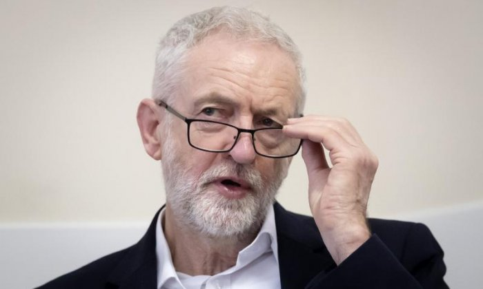 Corbyn criticised for endorsing book claiming jews control banks