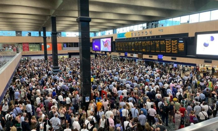 'Chaos': Travellers at UK airports face delays following high temperatures