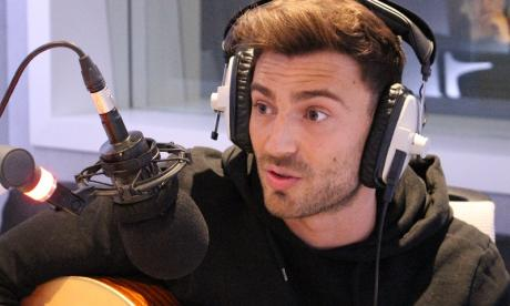 LISTEN: Singer Jake Quickenden performs live in studio on talkRADIO