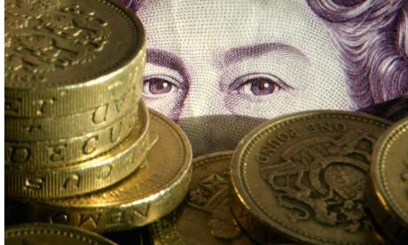 New UK salary cap for immigrants will 'hurt British business', warns immigration lawyer