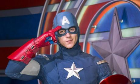 Cheese sandwiches and Captain America! Jon chats to another lonely lunch-goer