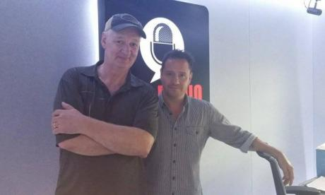 Actor and comedian Colin Mochrie joined Jon Holmes in the studio