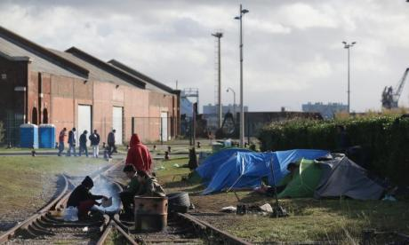 Refugee crisis: 'France and Britain seem to be playing bureaucratic ping pong', says Citizens UK