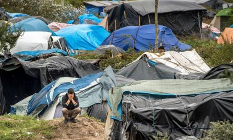 Refugee crisis: 'We need the government to show leadership', says CalAid volunteer