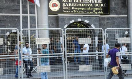 Turkish police detain 40 people over supposed links to Isis