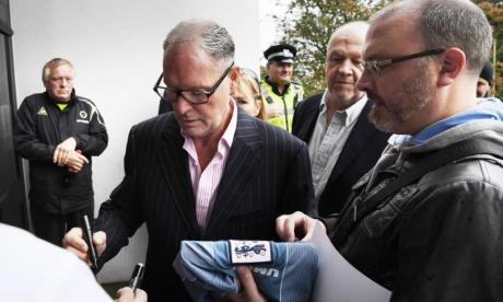 Paul Gascoigne pleads guilty to racially aggravated abuse during a show