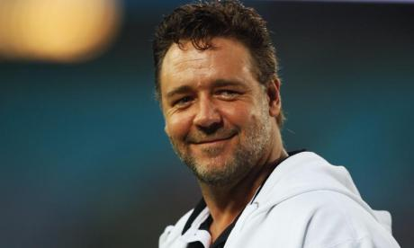 Twitter users troll Azaelia Banks after Russell Crowe clash