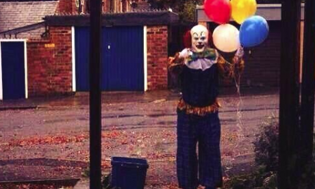 'Clownpocalypse' - disturbing craze comes to the UK after creepy clown sightings