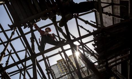 67 people killed as scaffolding collapses