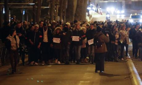 Paris: Police protest in front of the Louvre to show government and union mistrust